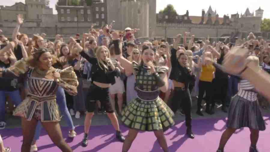 six flashmob video
