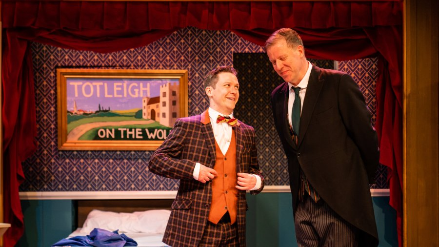 Jeeves and Wooster in Perfect Nonsense