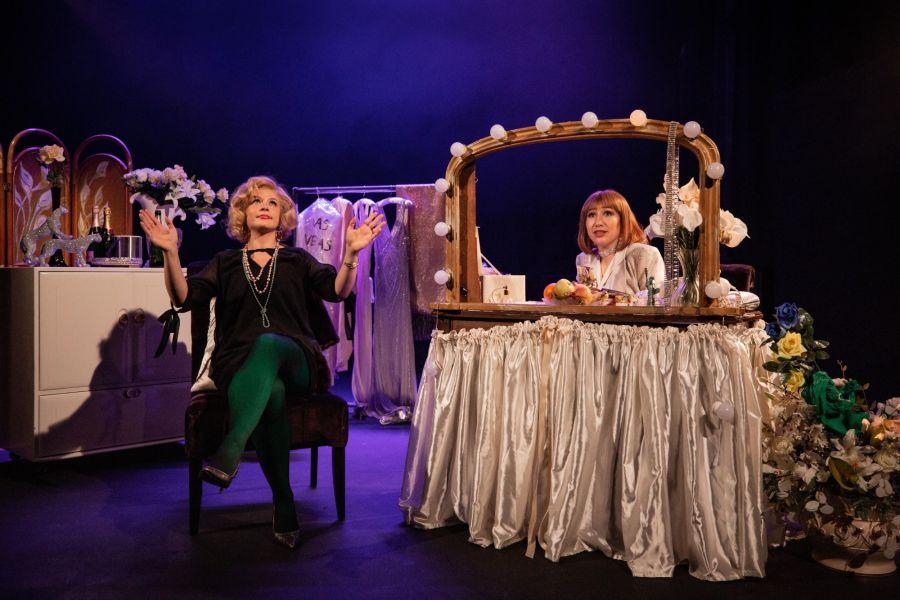 Mia Tomlinson and Rosanna Harris, The Funny Girls (credit Mark Senior)