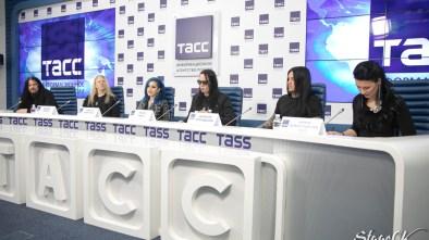 Фоторепортаж с пресс-конференции Arch Enemy. ТАСС. 15 июля 2019