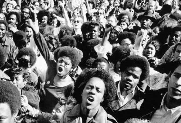 black-panthers-crowd-1000x679