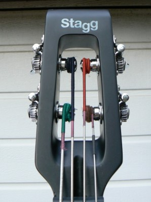 The headstock strung with Pirazzi strings