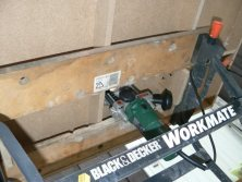 Router table in the Workmate with the router installed