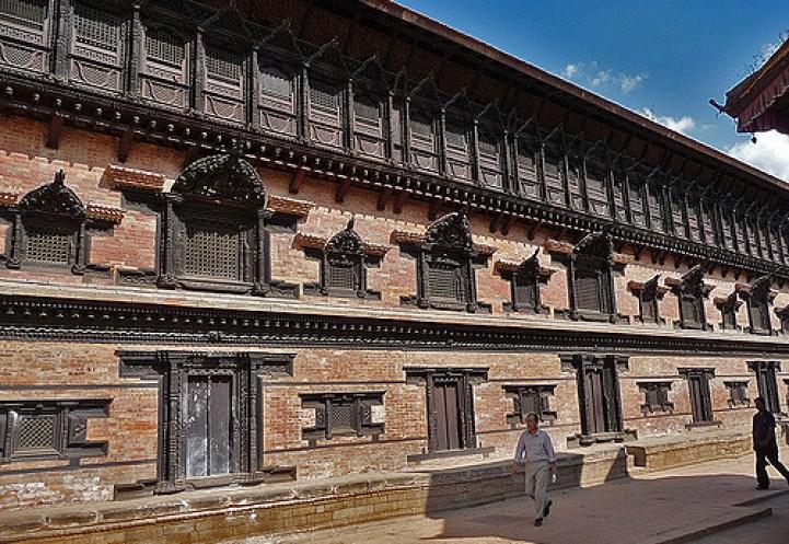 55-window-palace2