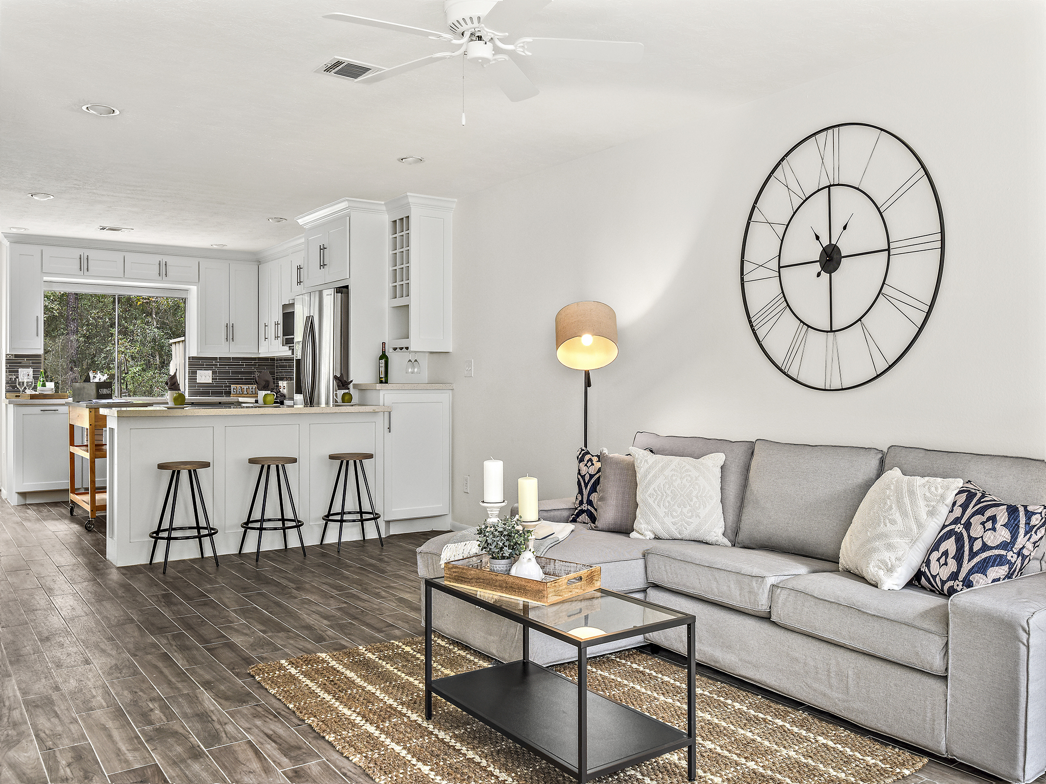 Staging The Nest - Vacant Staging - Living Room 3
