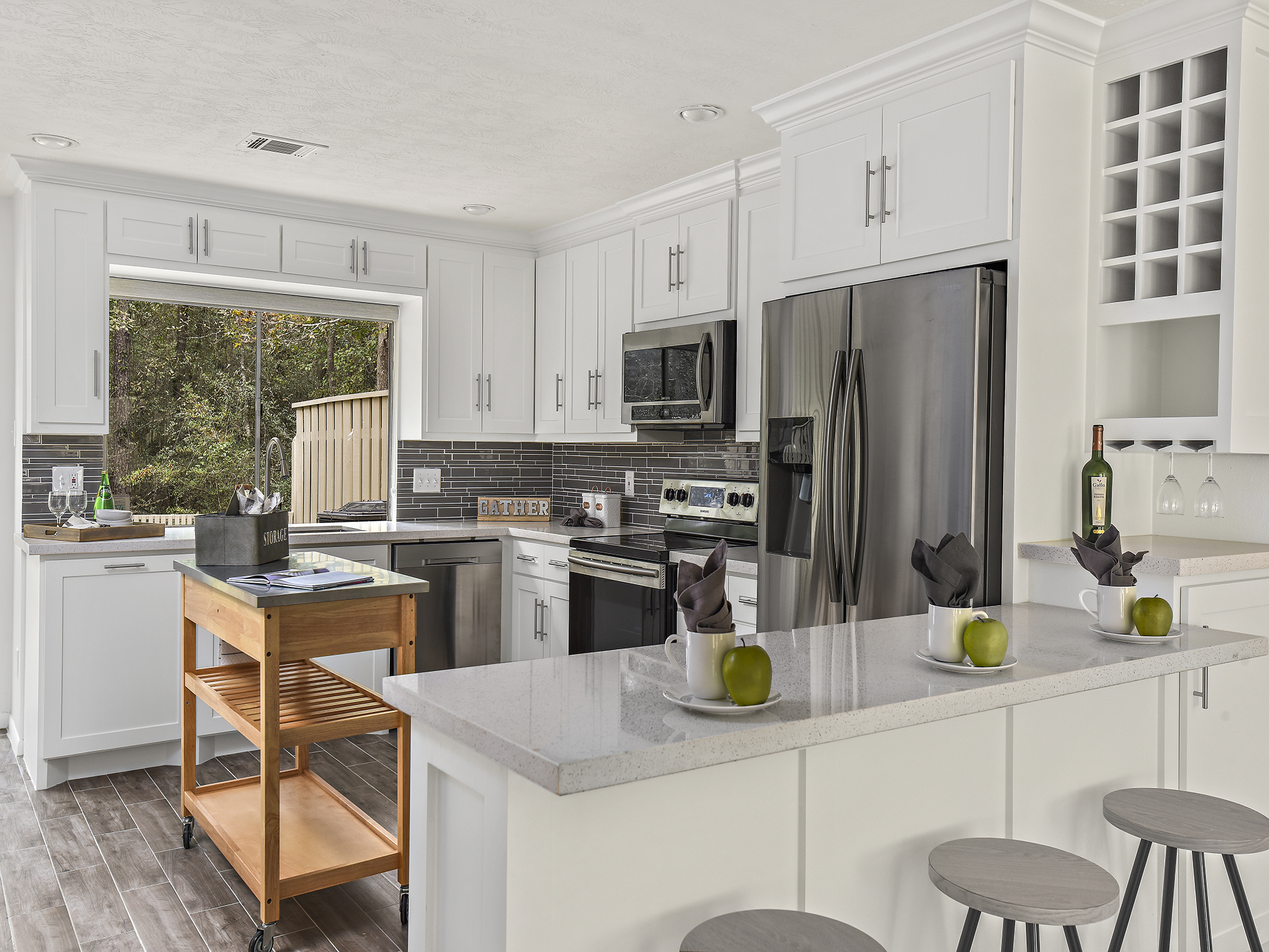 Staging The Nest - Vacant Staging - Kitchen 1