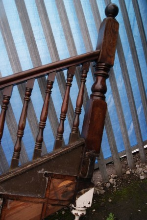 hardwood-staircase