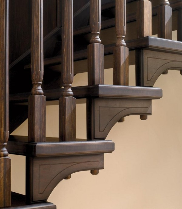 Fasteners of wooden flights are chosen to match the color and texture of the wood