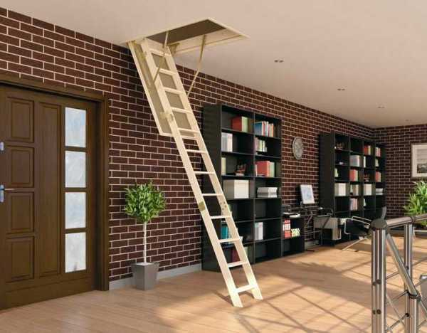 Stairs to the attic Fakro