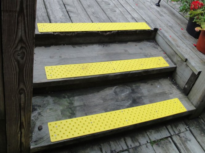 aluminum ladder treads