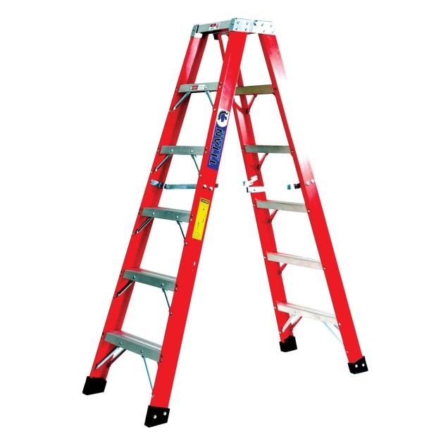 8' fiberglass ladder