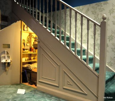 cupboard under the stairs harry potter_12