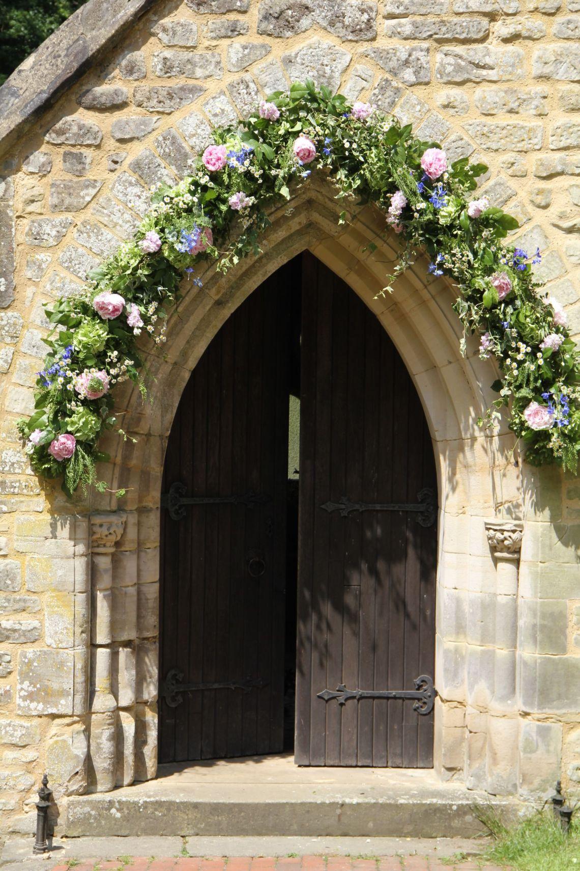 wedding church door ideas_16