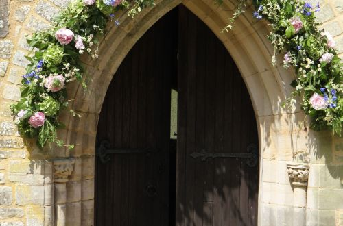 wedding church door ideas_16