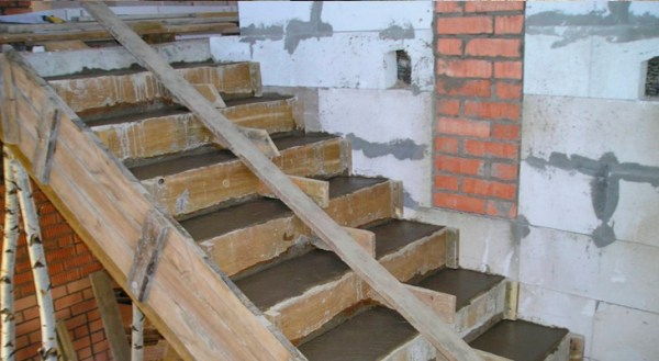 how to build a concrete staircase