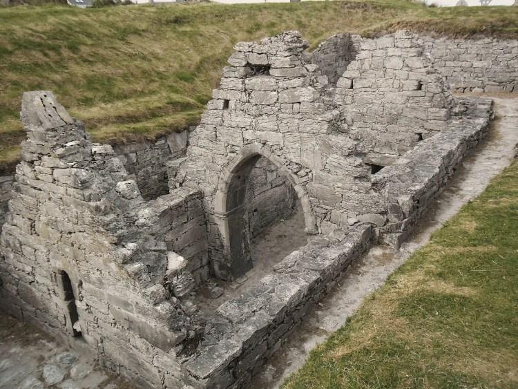 Ruine_d'une_chapelle,_Inisheer