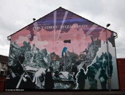 BD5CPG Belfast mural depicting the Blitz in Percy Street on 15th April 1941.. Image shot 2009. Exact date unknown.