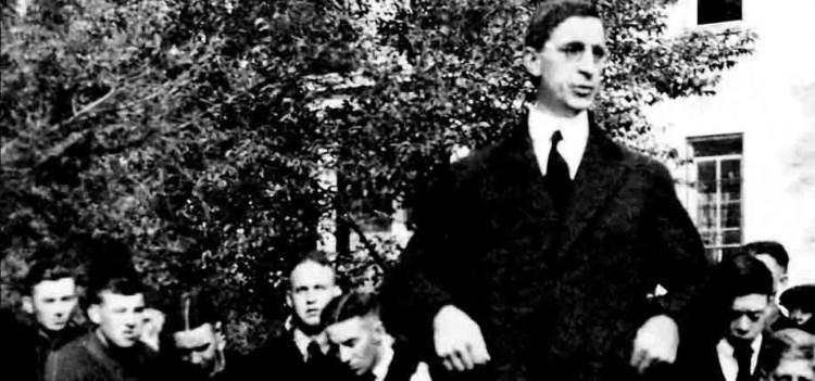 GNDS3.1 Eamon de Valera at Notre Dame, October 1919