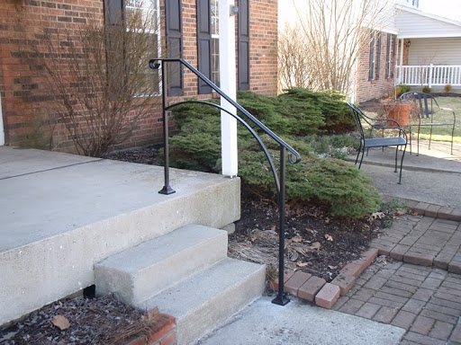 Exterior Railing Stair Solution | Steel Handrails For Concrete Steps
