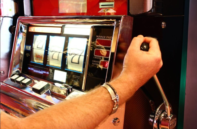 one-arm-bandit Slot สล็อตคันโยกโบราณ