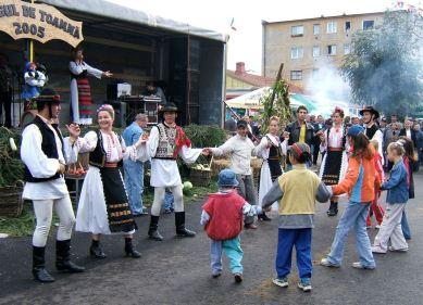 Autumn festival in Zarnesti