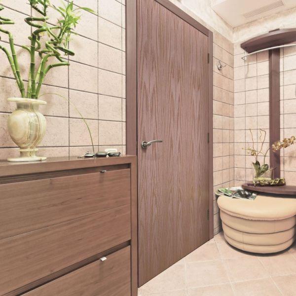 Oak Veneer Flush Interior Door in bathroom