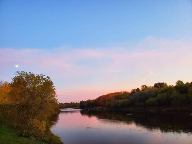 Automne en Beauce depuis la rivière Chaudière