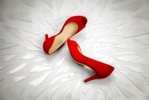 codice rosso scarpe