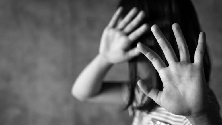 Donne e pedofilia: un orrore sempre più evidente