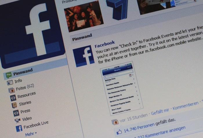 podszywanie facebook przestęsptwo stalking art. 190a kodeks karny adwokat Warszawa pomoc prawna