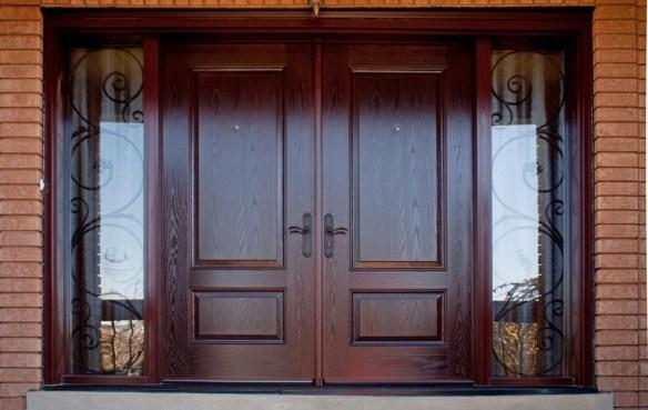 элитные двери с отделкой массив дерева