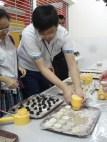 制作中秋节月饼