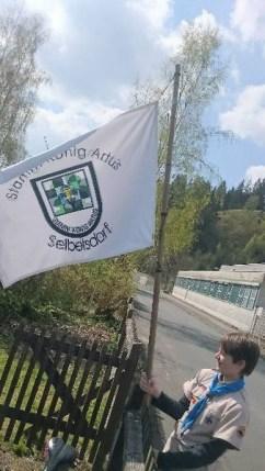 Und die Fahne gehisst