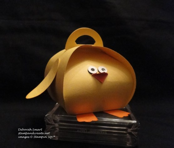 Curvy keepsake chick