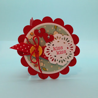Project: Scalloped Valentine's Day Card