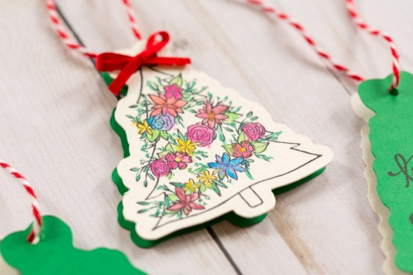 Project: Easy Stamped and Die Cut Holiday Gift Tags