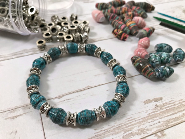 Project: DIY Paper Beads