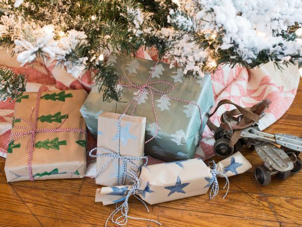 Tip: DIY Potato Stamped Wrapping Paper