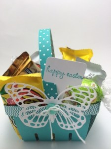 StampinUp Easter Berry basket designed by demo Beth McCullough.  Please see more card and gift ideas at www.StampingMom.com #StampingMom