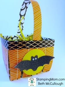 StampinUp Halloween basket made with the Berry Basket die, designed by demo Beth McCullough.  Please see more card and gift ideas at www.StampingMom.com #StampingMom