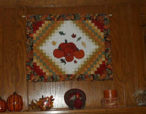 Thanksgiving quilt made by Carol Olson.