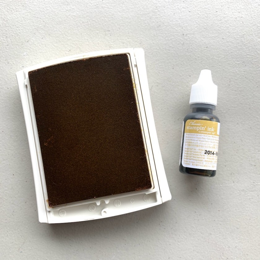 HELLO HONEY [OLD STYLE] CLASSIC STAMPIN' PAD & INK REFILL [NEW] $10