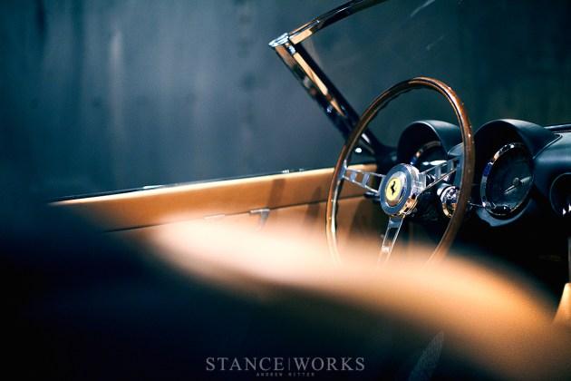 momo-ferrari-steering-wheel-wood