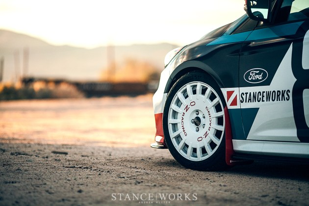 oz-racing-white-wheels-ford-focus-rs