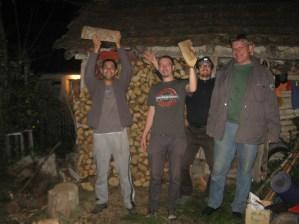 la taiat de lemne pentru Duțești in Stanciova