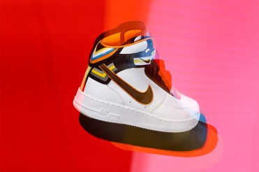 nike-x-riccardo-tisci-nike-r-t-air-force-1-collection-04-960x640