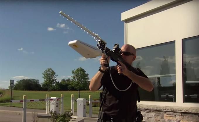 VIDEO: Anti-Drone Rifle Shoots Down UAVs