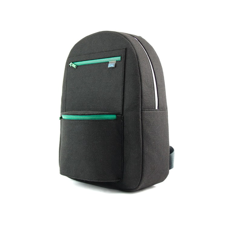 mrkt_Stanley_Black Green Zip_3q