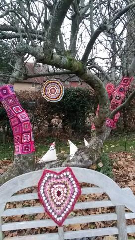 More yarnbombing!