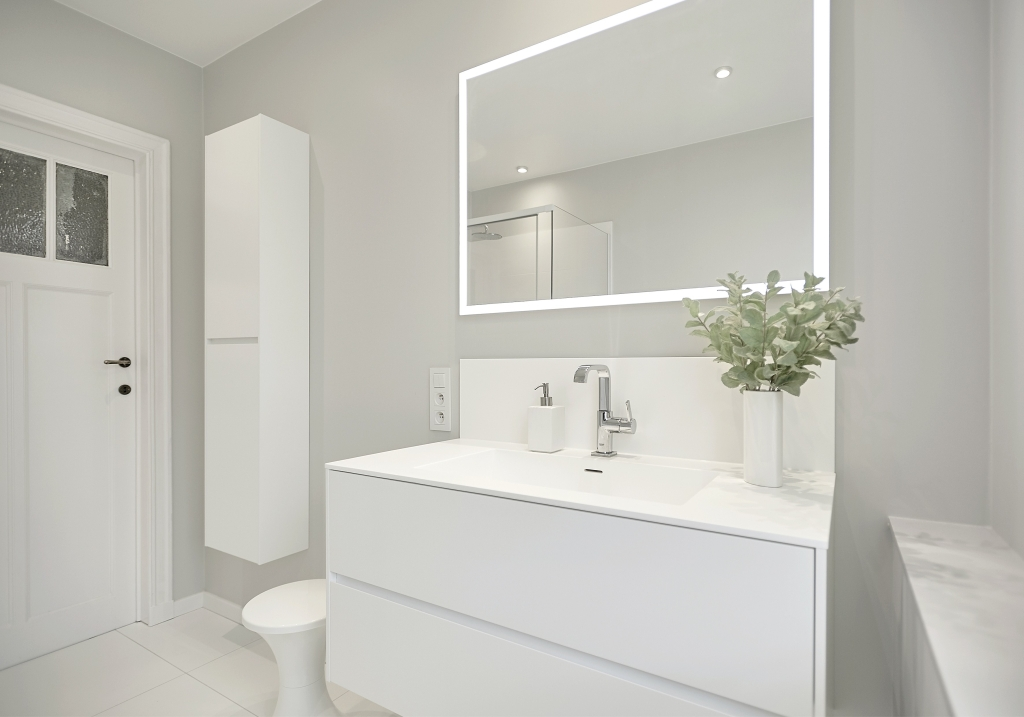Bathroom renovation brussels, before and after